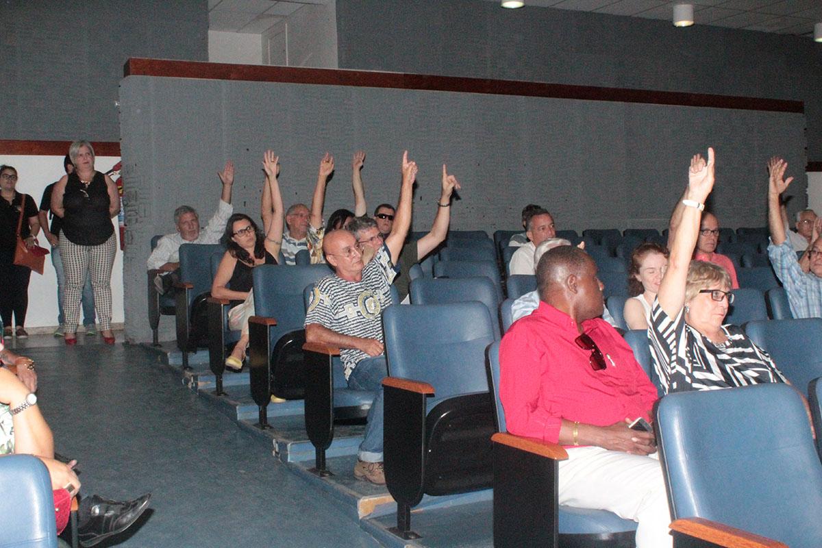 plenaria delegados 35 congresso